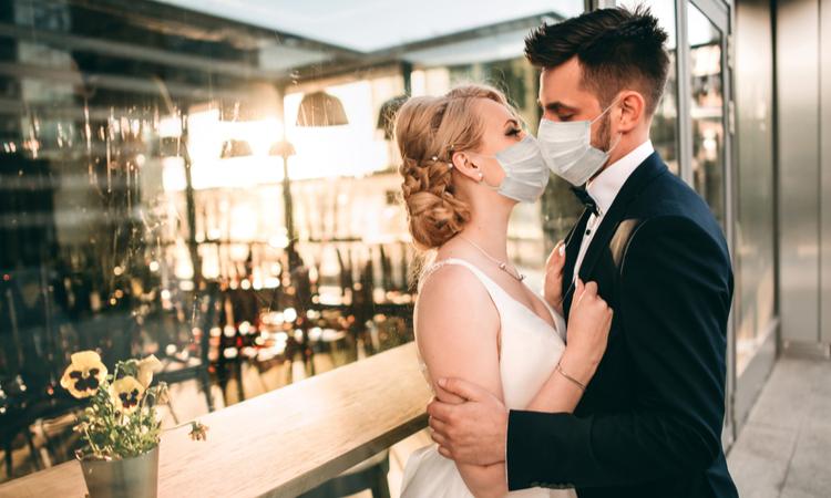 Hazır giyime tatil ve düğün dopingi!