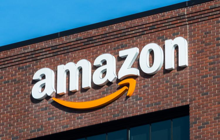 Amazon nasıl para kazanıyor?