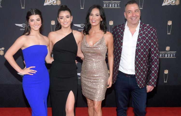 Yeni Kardashian'larla tanışın: D'Amelio Ailesi!