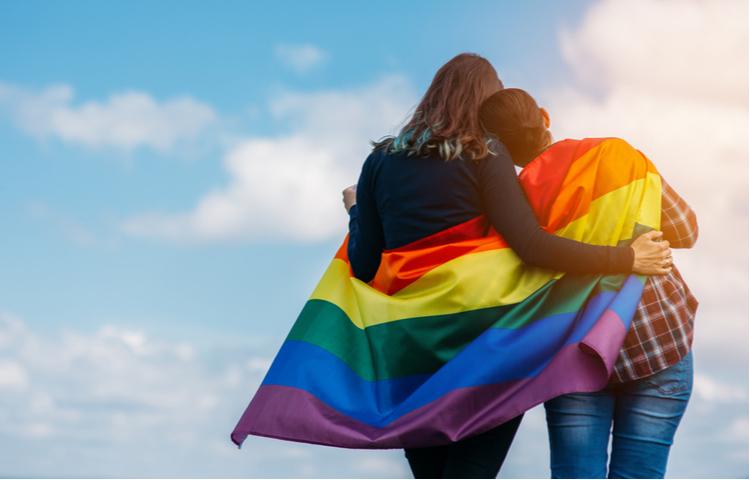 """Reklam Kurulu'ndan """"LGBT"""" ve """"gökkuşağı"""" kısıtlaması"""
