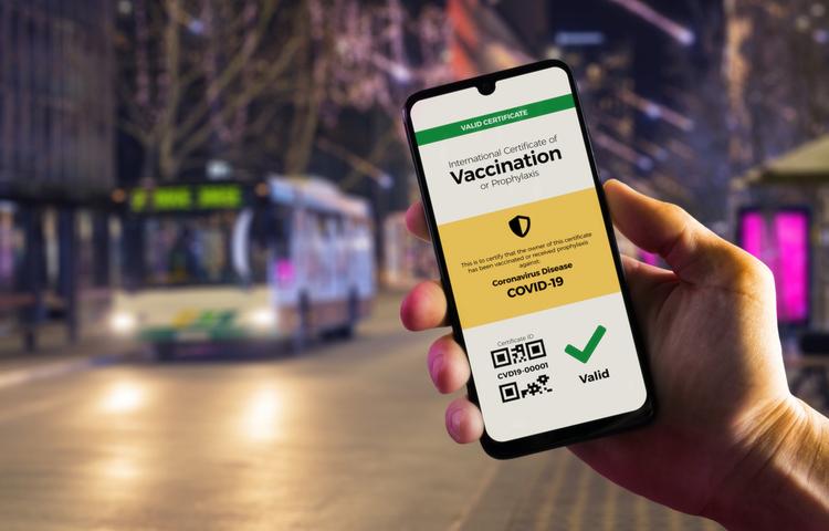 """Teknoloji devleri """"aşı pasaportu"""" için harekete geçiyor!"""