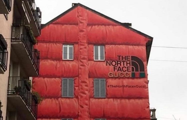 Gucci ve The North Face yeni iş birliğini dev bir anorakla kutluyor
