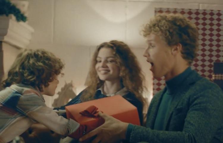 """U.S. POLO ASSN.'dan iki farklı reklam kampanyasıyla """"kışa merhaba""""!"""