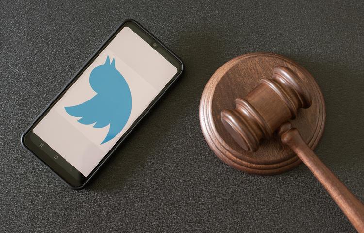 Twitter'ın gözü siyasetçilerin tweetlerinde!