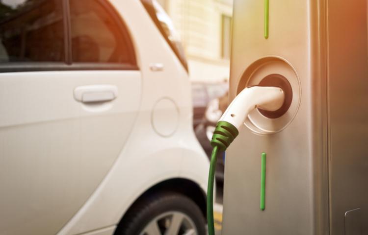 Elektrikli otomobillerle ilgili en büyük korku: Şarj...