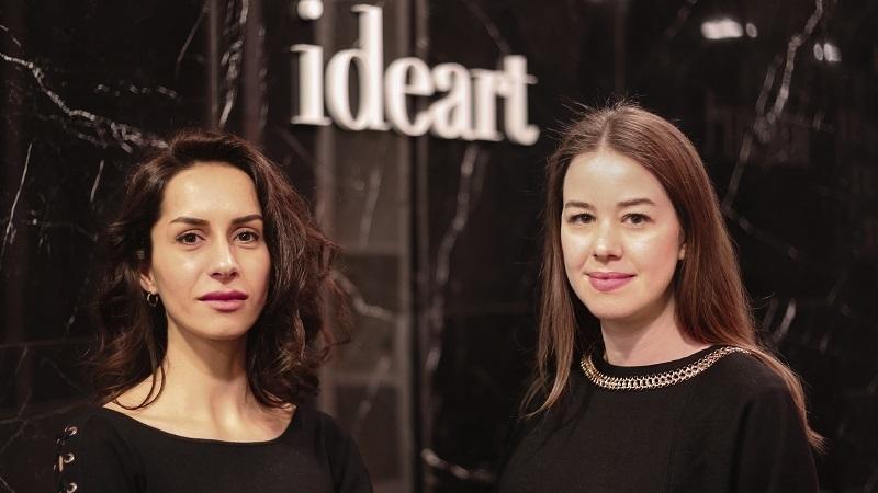 İzmirli ajanstan 25 kadın girişimciye kurumsal kimlik çalışması hediye