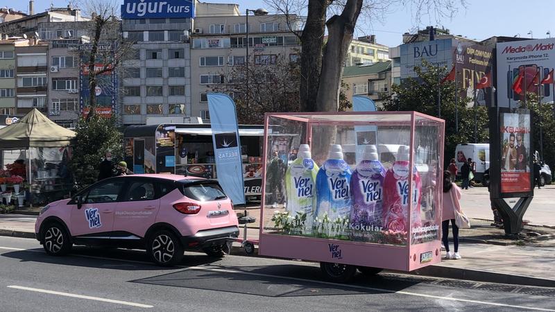 Vernel'le İstanbul sokaklarına bahar geldi