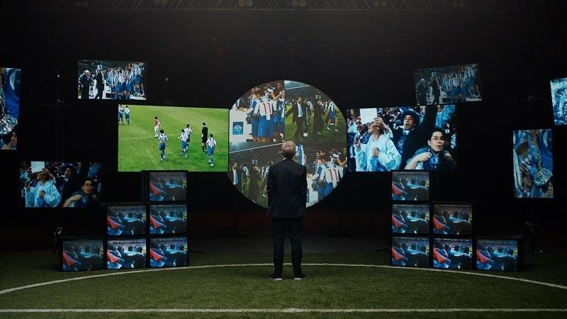 Futbol taraftarlarının yüzde 90'ı tribünde olmalarının oyunu pozitif etkilediğini düşünüyor!