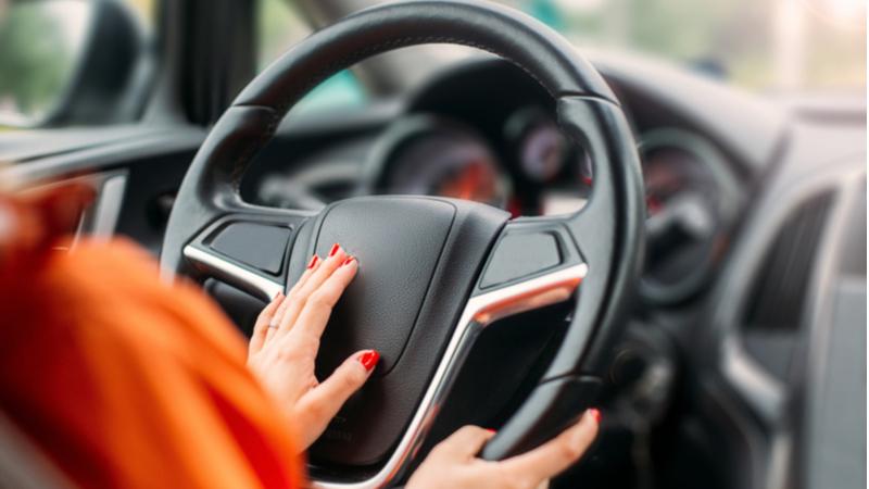 Kadınlar daha az trafik kazası yapıyor!