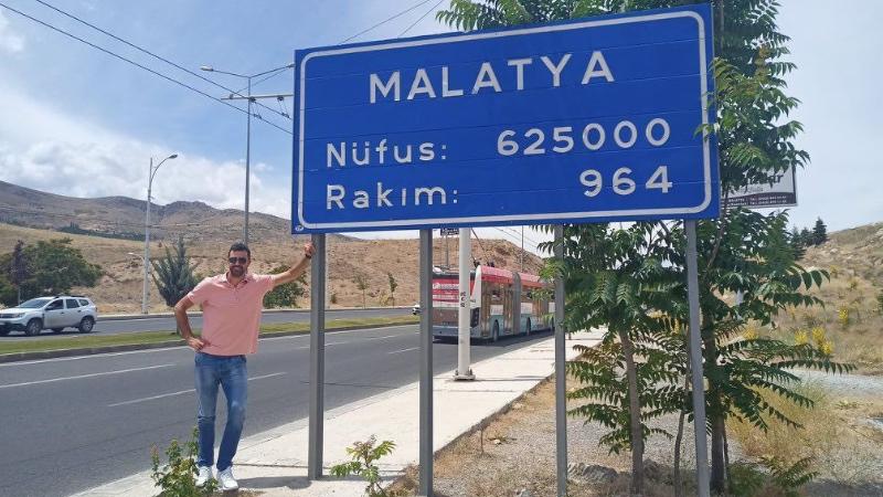 Anadolu Efes'in 44 numarası artık Malatyalı