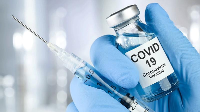aşı olan vatandaş