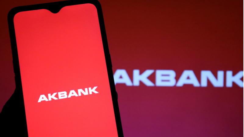 Akbank'tan sistem krizine ilişkin kamuoyu açıklaması geldi!