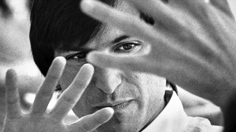 Apple, ölümünün 10. yıl dönümünde Steve Jobs'u yayınladığı kısa filmle andı!