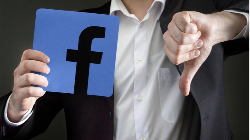 Facebook'taki tarihi çöküşün nedeni belli oldu